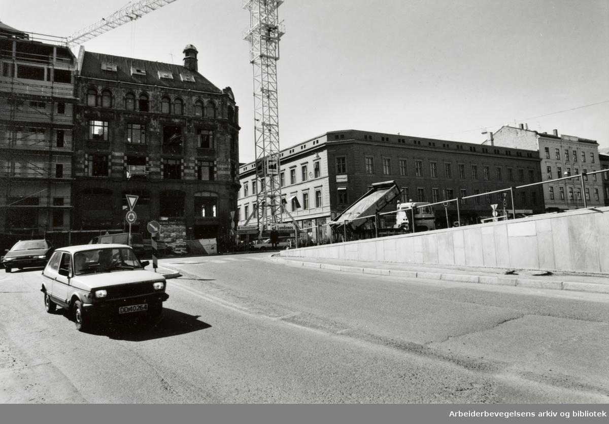 Hospitalgata er farlig for fotgjengere. Mai 1994