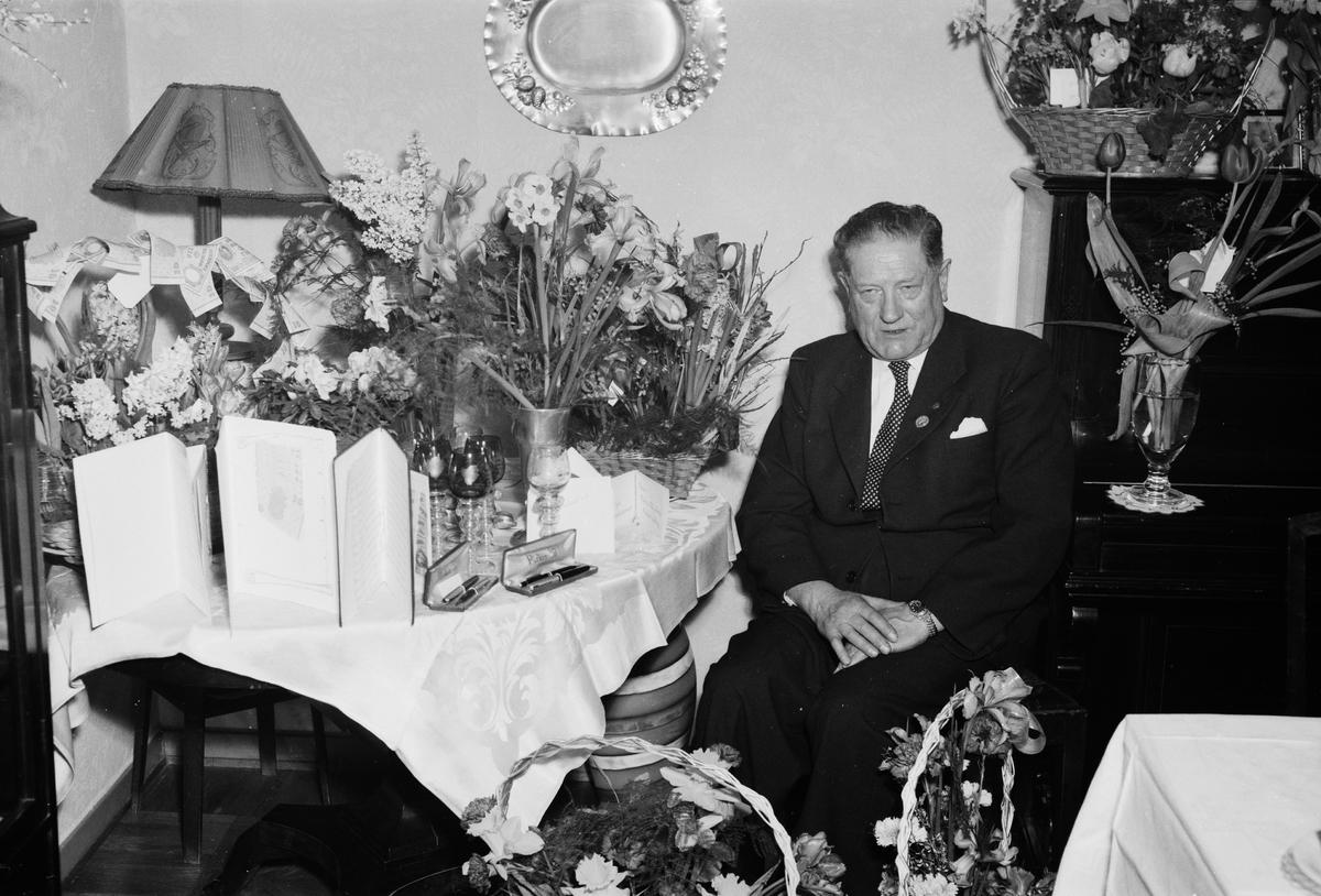 Målarmästare Eskil Åkerlund, 60 år, Uppsala 1954