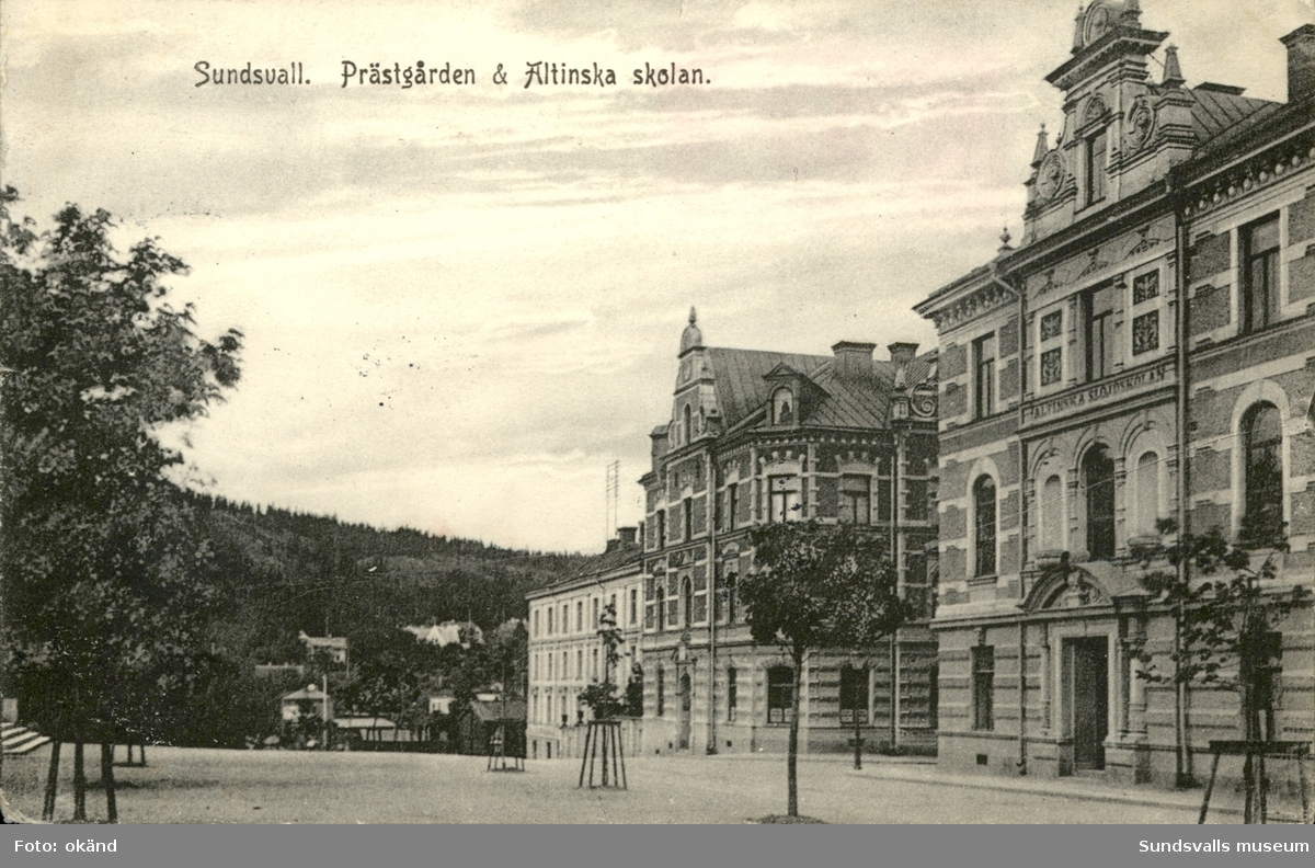 Vykort med motiv över Prästgården och Alltinska skolan i Sundsvall.