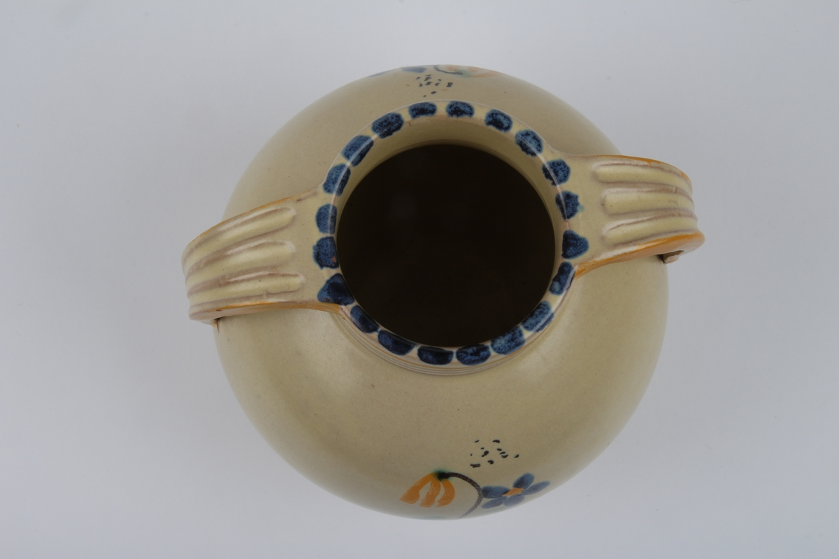 Vase med dekor
