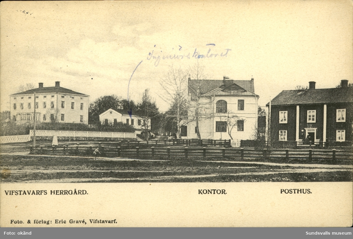Vykort med motiv över Vivstavarvs herrgård och omkringliggande byggnader.