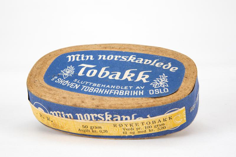 Tobakkeske fra Skøyen Tobakkfabrikk.. Foto/Photo