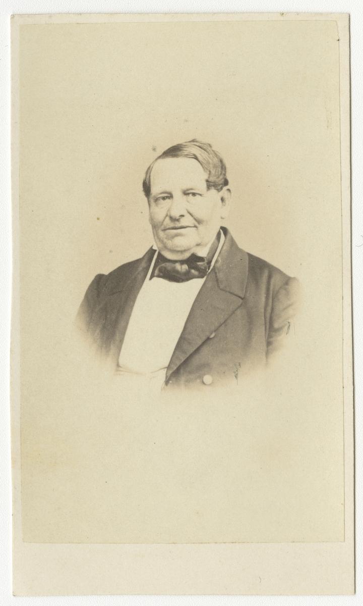 Porträtt av Gottfrid Wilhelm Mathias von Feilitzen, regementskommissarie vid Andra livgrenadjärregementet I 5.