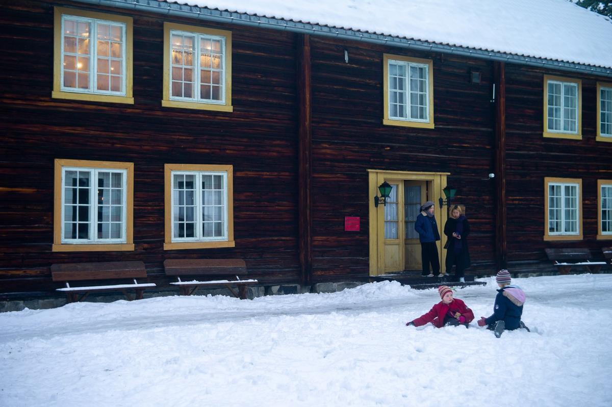 Snø, Gjersøyen, Jul i stuene