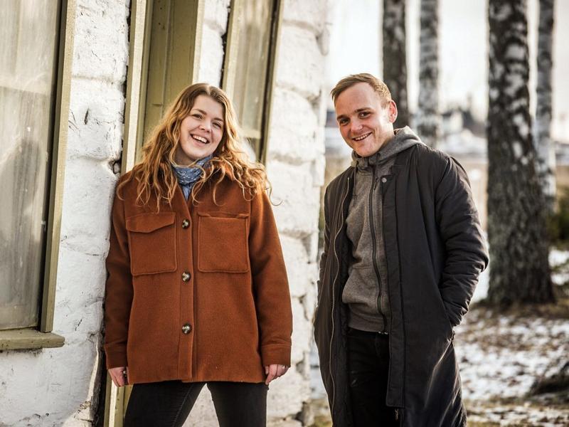 Produsent Johanne Kippersund sammen med manusforfatter og regissør Bernt Ola Volungholen  Foto: Jonas Jeremiassen Tomter, Stanga Avisa