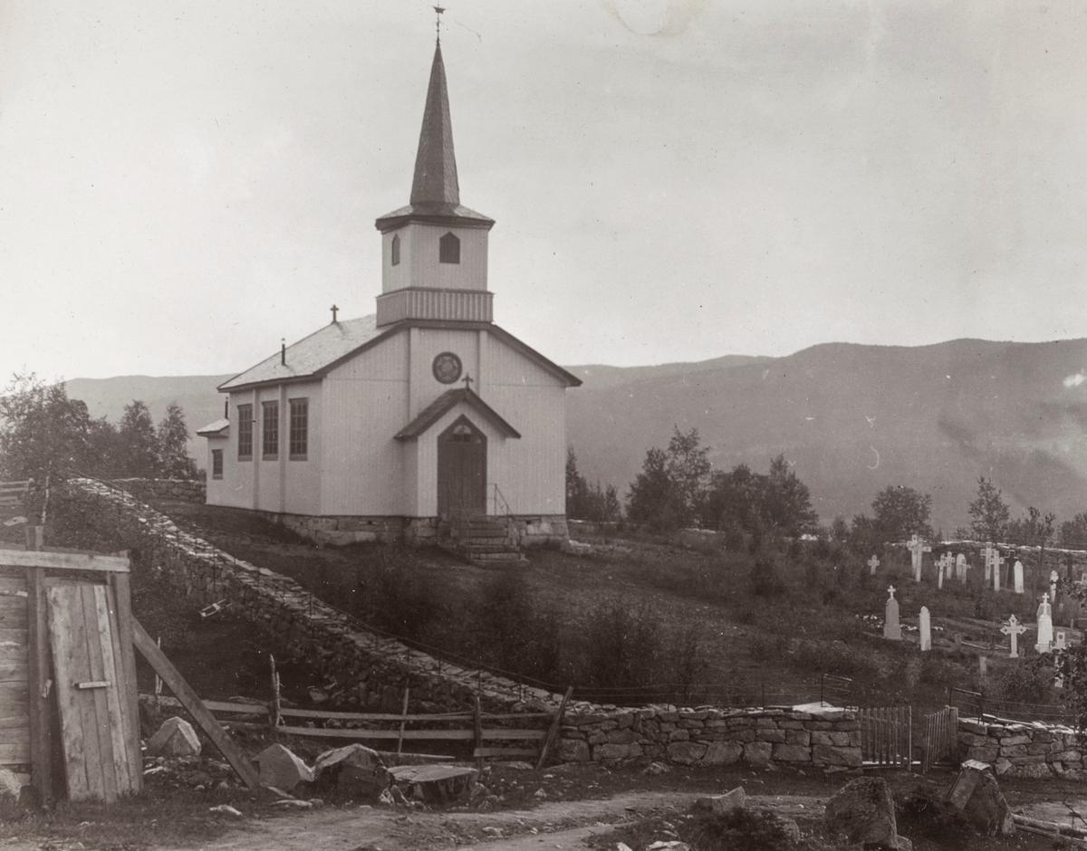 Prospektfotografi av Geilo kirke (Ustedalen kapell).