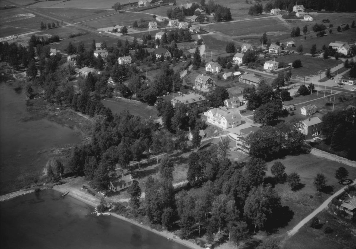 Flygfoto över Örserum i Jönköpings kommun. 1312 / 1966