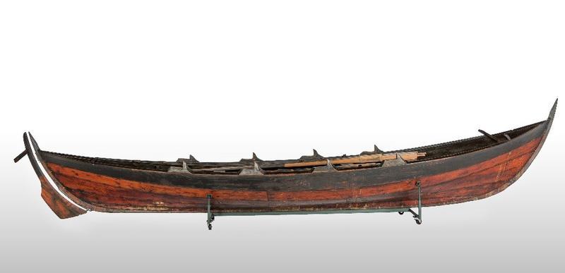Brun trebåt (Foto/Photo)
