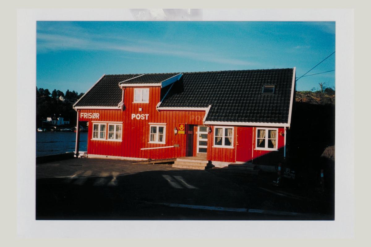 eksteriør, poståpneri, 4920 Staubø, postskilt