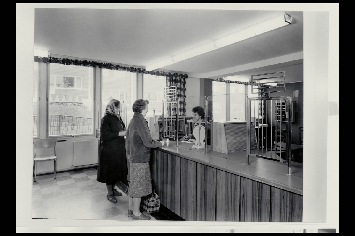 interiør, postkontor, 0518 Veitvedt, publikumshall, ekspeditør, kunde, vekt