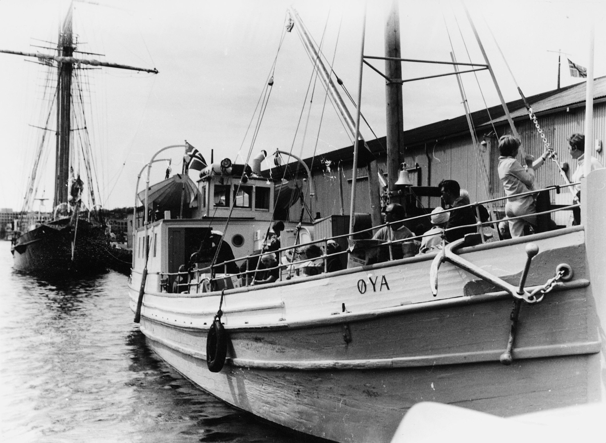 transport, båt, eksteriør, Westamaranruta Haugesund-Utsira, båten Øya ligger til kai