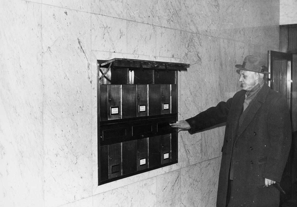 postkasser, private, postkasseanlegg, interiør, mann