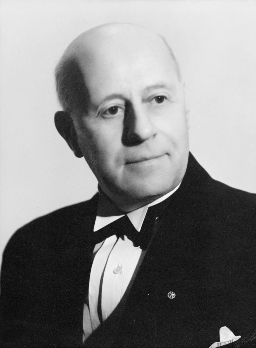 postmester, Borvik Alfred Emil, portrett