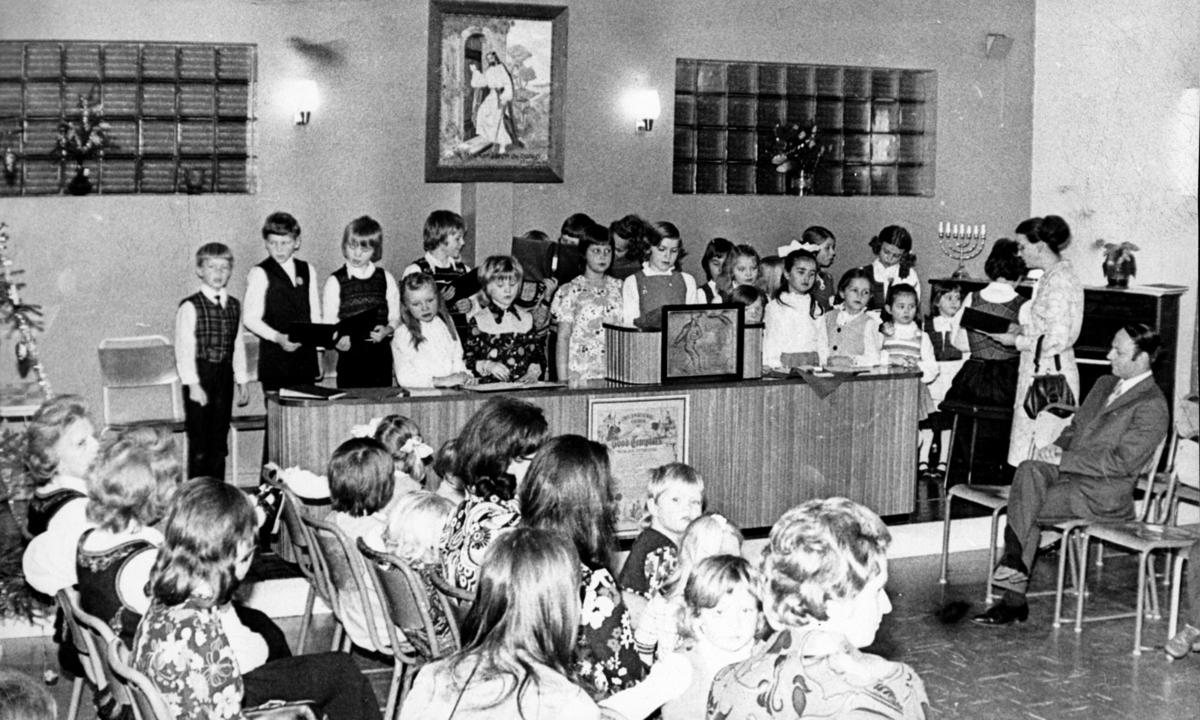 Søndagsskole i Kløfta Pinsemenighet.