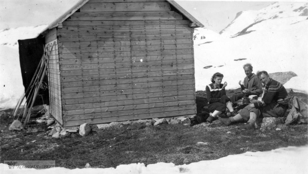 """På Kjøtåryggen, hytta ble kalt for """"Blekkhuset""""."""