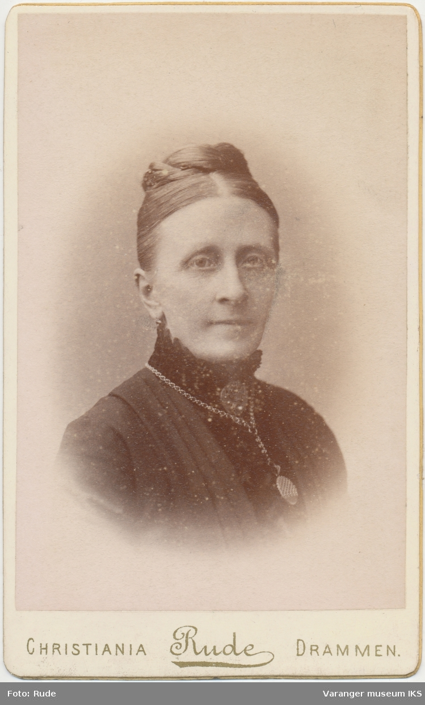 Portrett, Hemmingine Brodtkorb