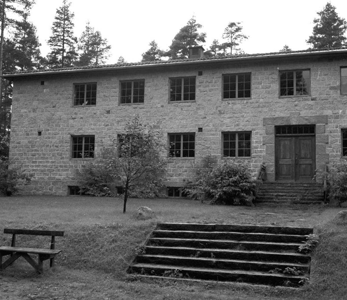 Steinbygningen