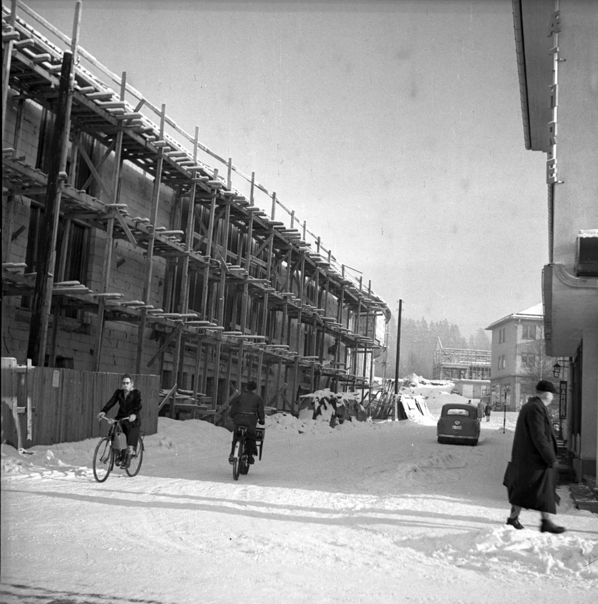 Bygging av Elvarheim
