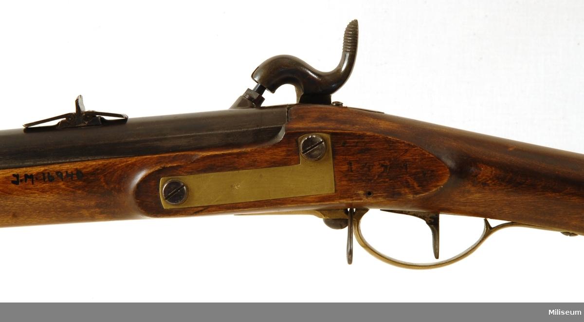 Tappgevär m/1848.  Vapennummer: 1671