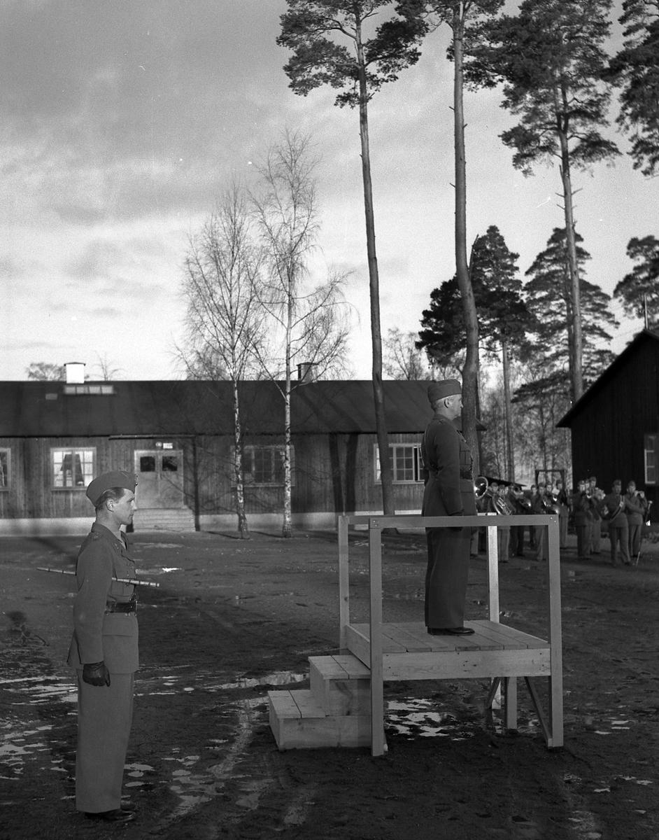 Fallskärmsjägarskolan i Karlsborg 1952.Krigsmans erinran.