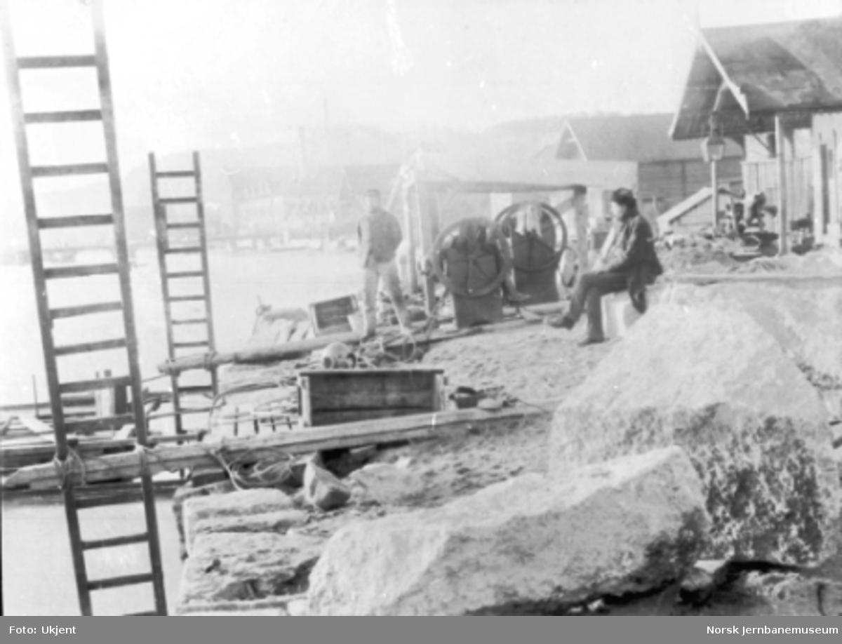 Undervannsarbeider for ny kai i vestre Porsgrunn