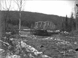 Hovda bru etter isgang 28. april - 1. mai 1928