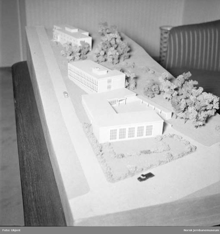 Modell av Jernbaneskolen