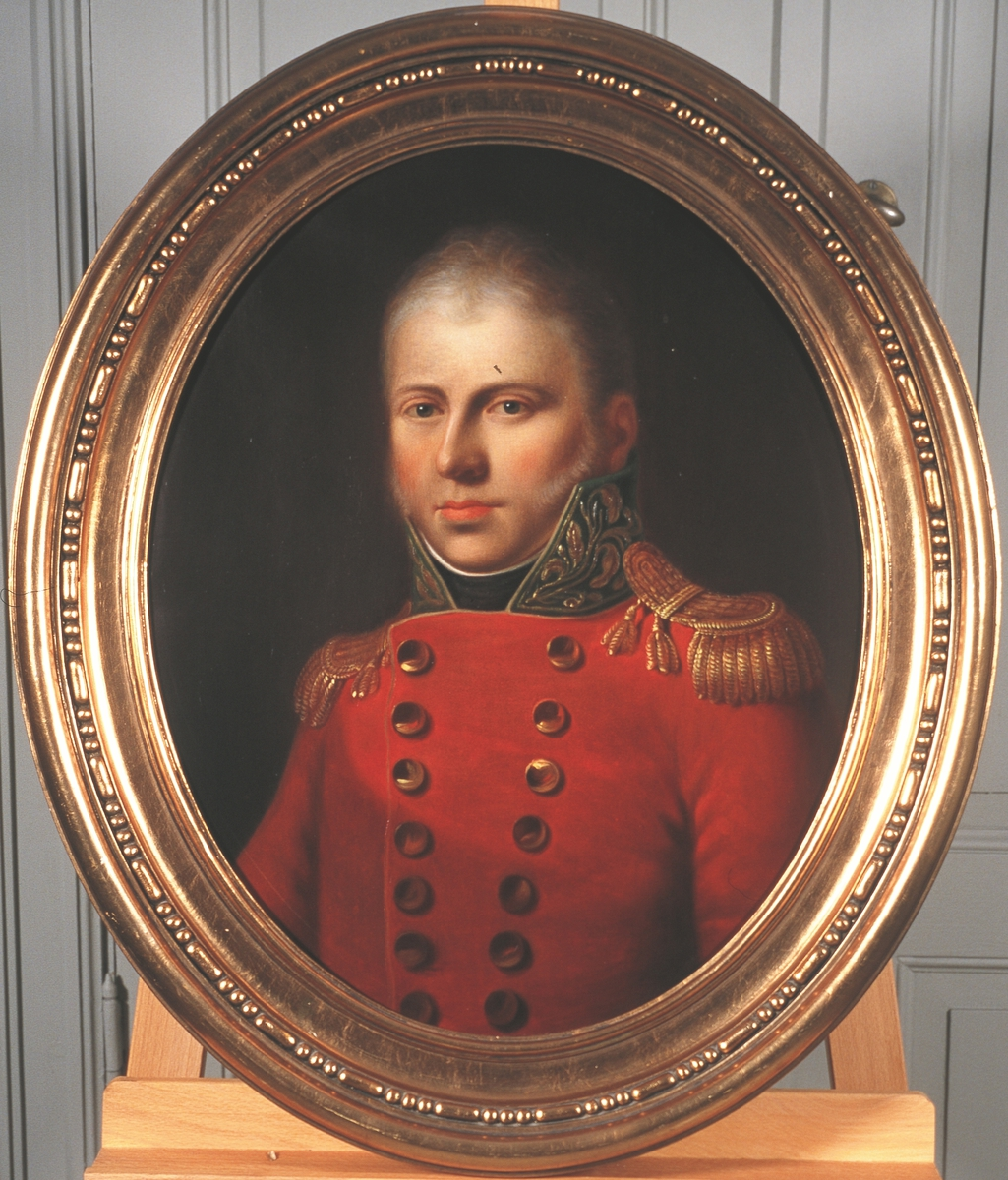 Portrett av kammerherre Severin Løvenskjold. Rød uniform med epåletter.