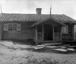 Serie bilder av Gulsvikstua på gården Gulsvik, Flå, Hallingd