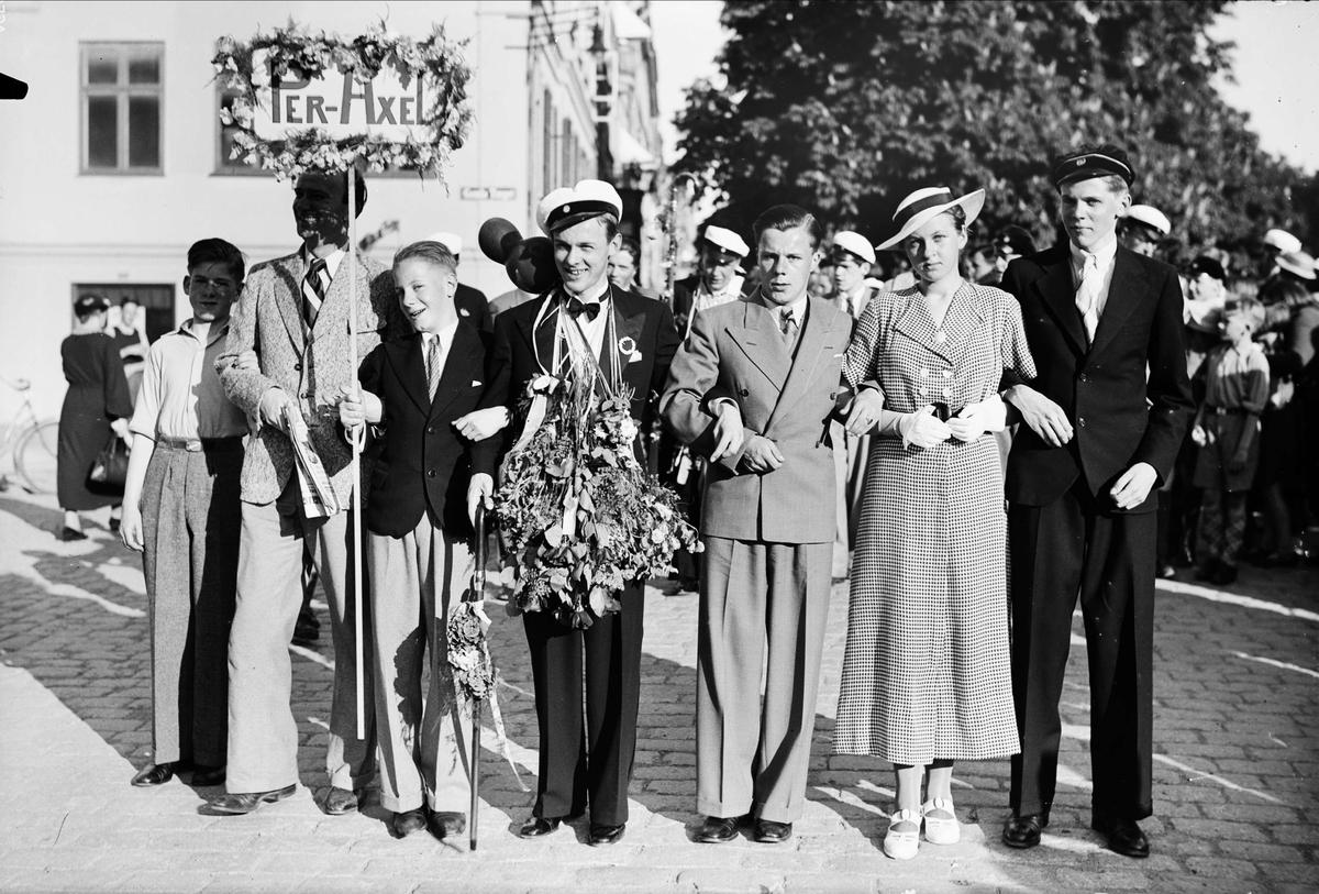 Studentfirande på Gamla torget, Uppsala 1937