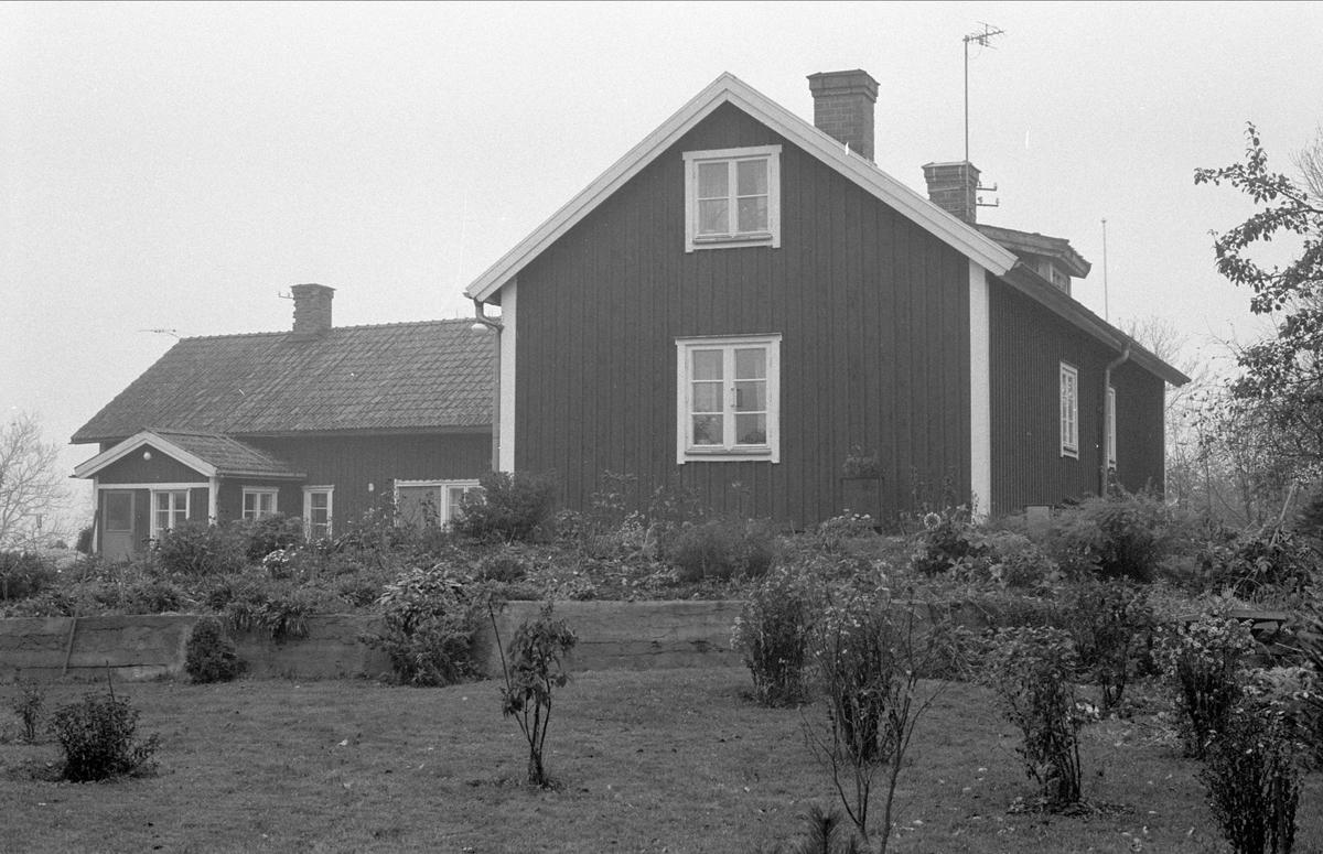 Bodar och bostadshus, Hässle 4:2, Dalby socken, Uppland 1984