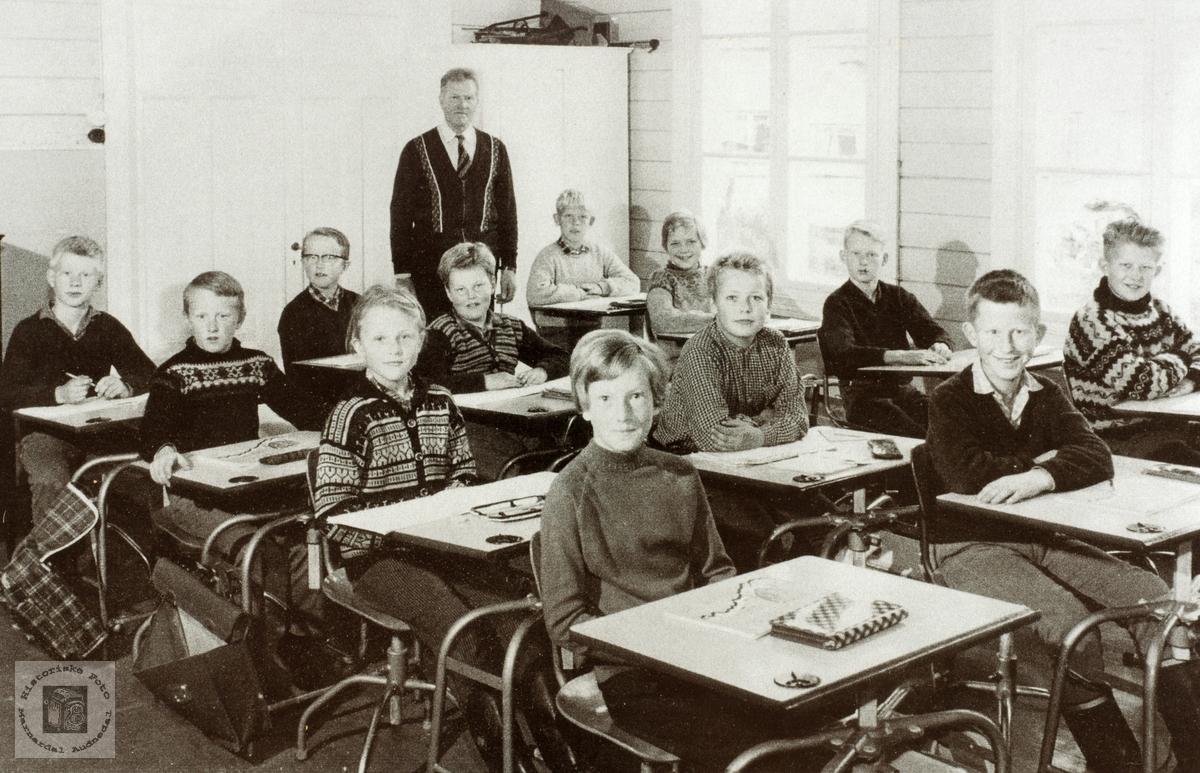 Siste storskoleklasse på Sveindal i Audnedal