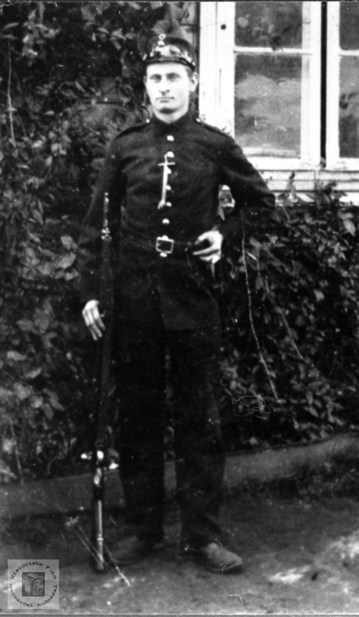 Soldatportrett av Olaf Grimestad, Øyslebø.