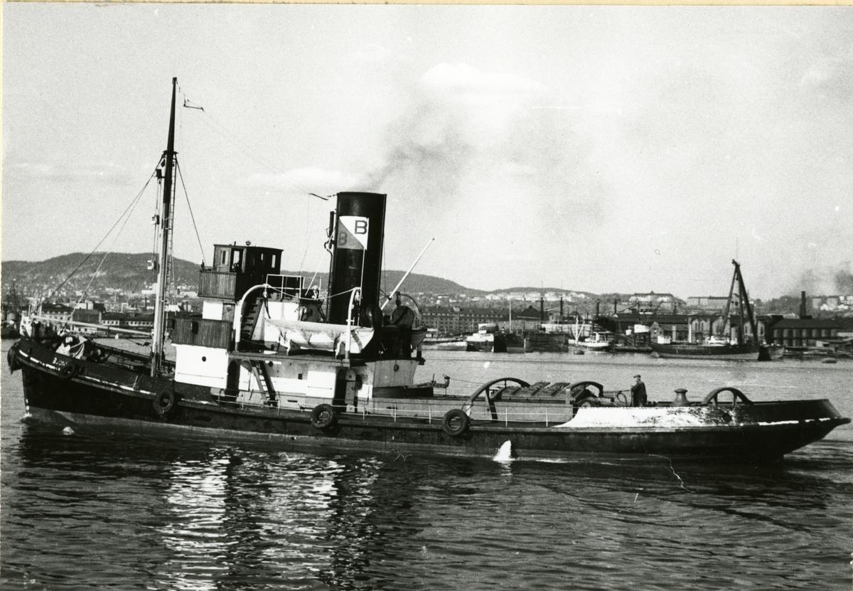 D/S 'Bjønn' (Ex. Bamse, H/F Bamse I, Bransfield)(b.1924, Smith's Dock Co. Ltd., Middlesbrough), - i Oslo.