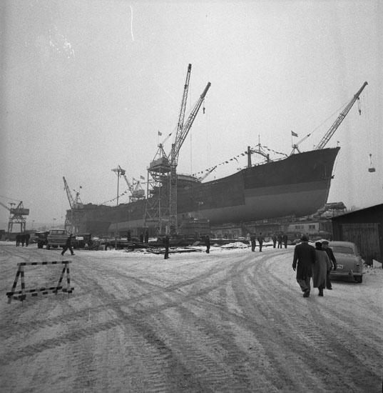 Dop och sjösättning av fartyg 180 T/T Trinity Challenger.