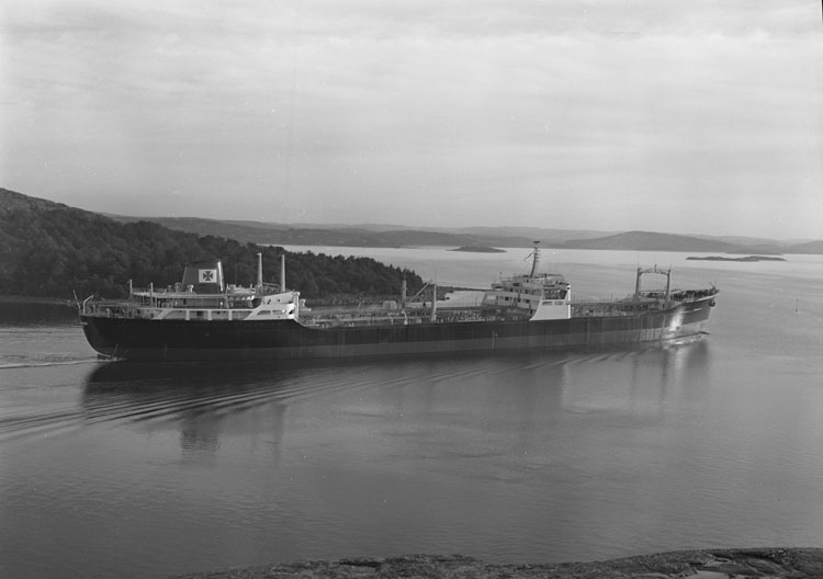 Fartyg 186 M/T Fernmount.