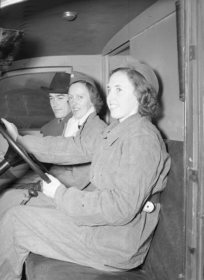 """Enligt notering: """"Uddevalla Kvinnl. Bilkår 10/3 1948""""."""