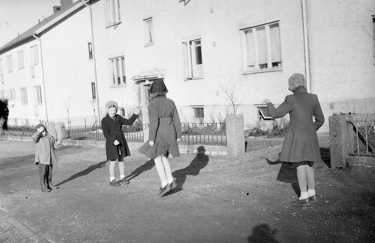 """Enligt notering: """"Vårbilder Febr 1950""""."""