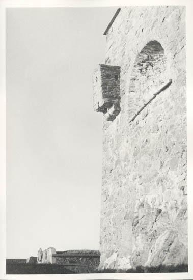 """Noterat på kortet: """"Marstrand. Mor vid fästningen. 4.11.1961."""""""