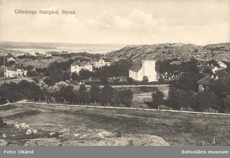 """Tryckt text på kortet: """"Göteborgs Skärgård, Styrsö.""""  """"Förlag: A-B Göteborgs Konstförlag."""""""