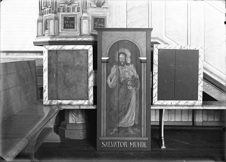 """Enligt fotografens anteckningar: """"1933, 23. En av apostlarna i Hede kyrka""""."""
