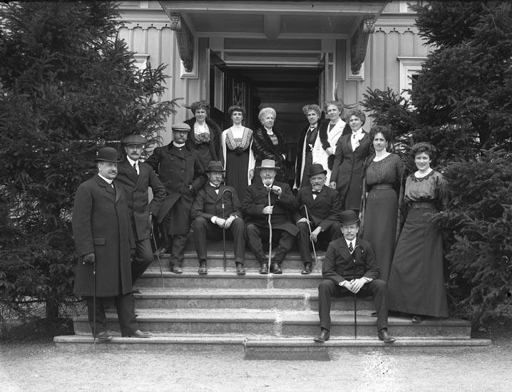 """Enligt medföljande noteringar: """"Patron Ullman Saltkällan, troligen 1912."""""""