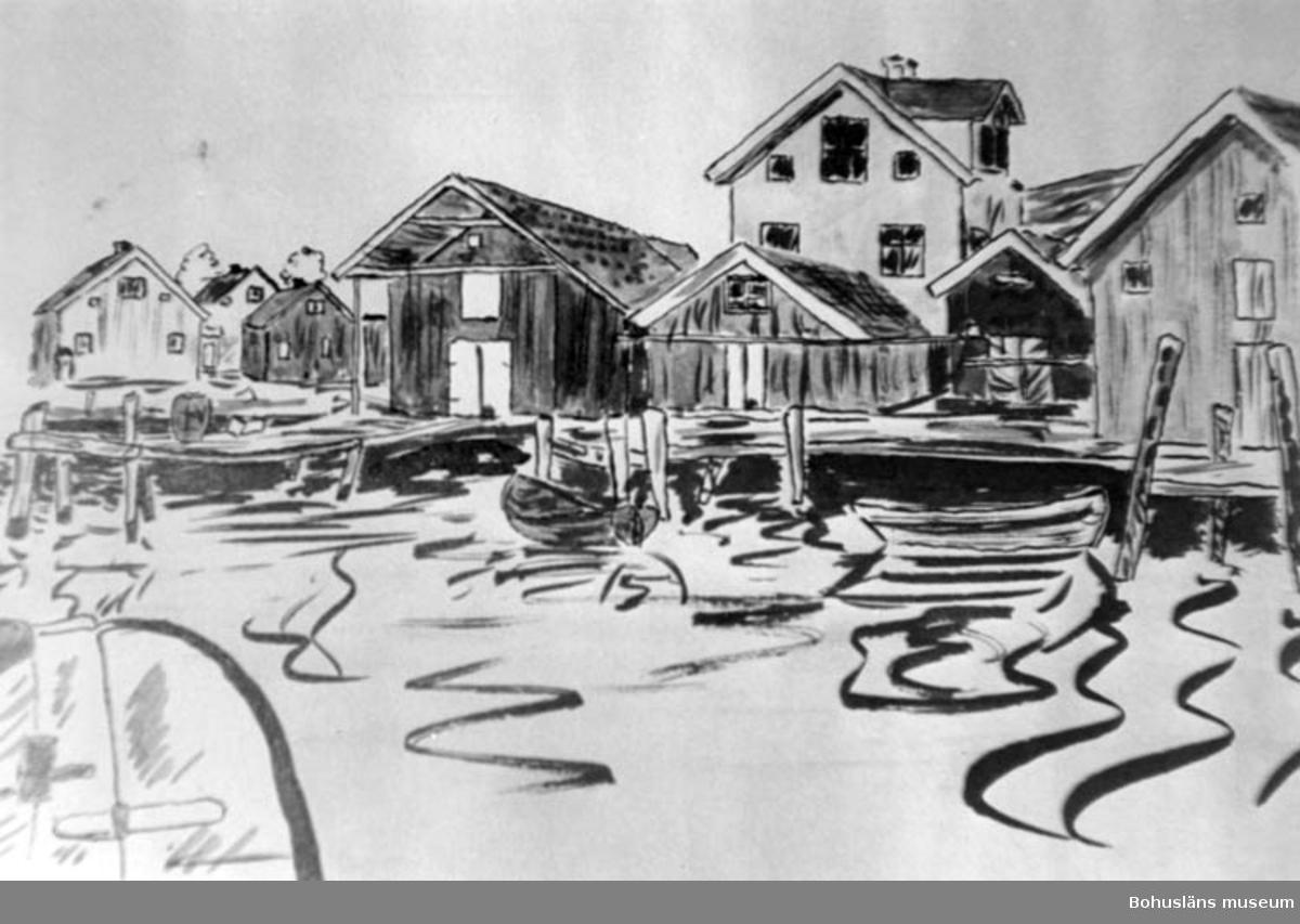 """Enligt text på fotot: """"Teckningen gjord c:a 1935 av Karl Erik Alsterkvist KEA (bror till Eivor Kristianson gift med Gilbert) Det är kajen i Kungshamn Längst t.v. ligger det huset som idag är taxi. Kan vara värt att ta tillvara eller hur""""."""