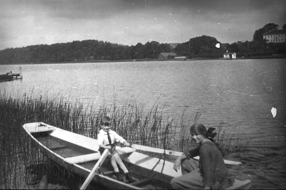 Syskonen Lithander vid Sjöstugan, Rådasjön