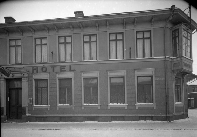 """Uppgift enligt fotografen: """"Uddevalla. Grand Hotell exteriör."""""""