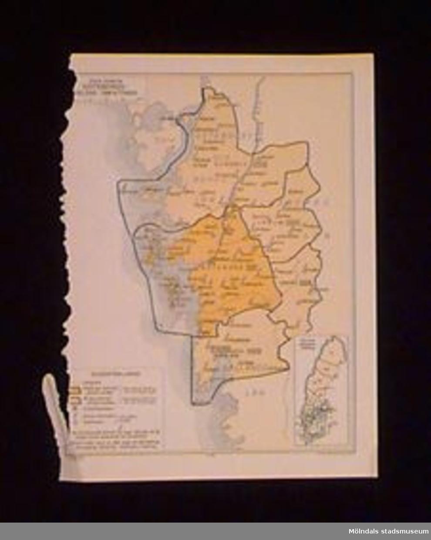 """Karta riven ur telefonkatalog. """"Karta utvisande GÖTEBORGSDELENS OMFATTNING"""". På kartan är utmärkt var centraltelestationer, andra teleanstalter samt postanstalter finns. Tryckt i blått och gult. På baksidan är en annons, tryckt i brunt.Kartan låg i atlas MM22305."""