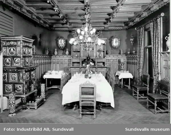 """Gamla museets industriutställning med rekonstruktionen av """"Merlomatsalen"""". Sundsvalls museum."""
