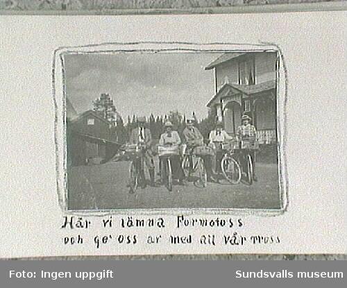 Amatörfotografiet från resa till Trondheim sommaren 1915. Gruppen samlad med cyklar.