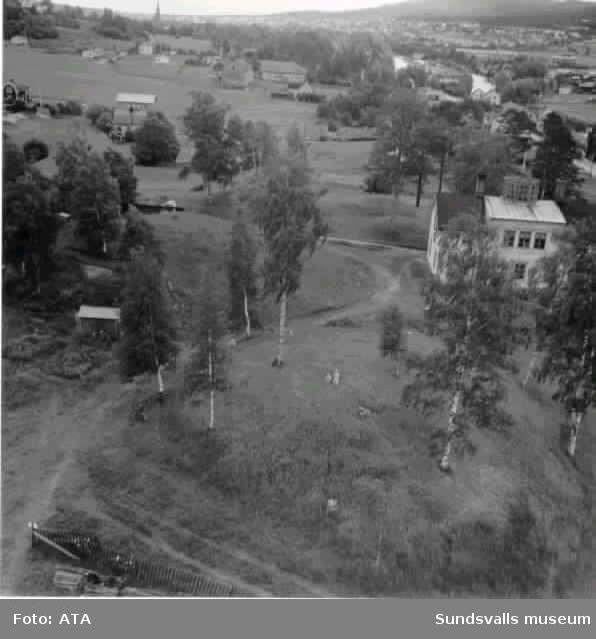 Nyhems gård på gravfälten i Högom 1949.