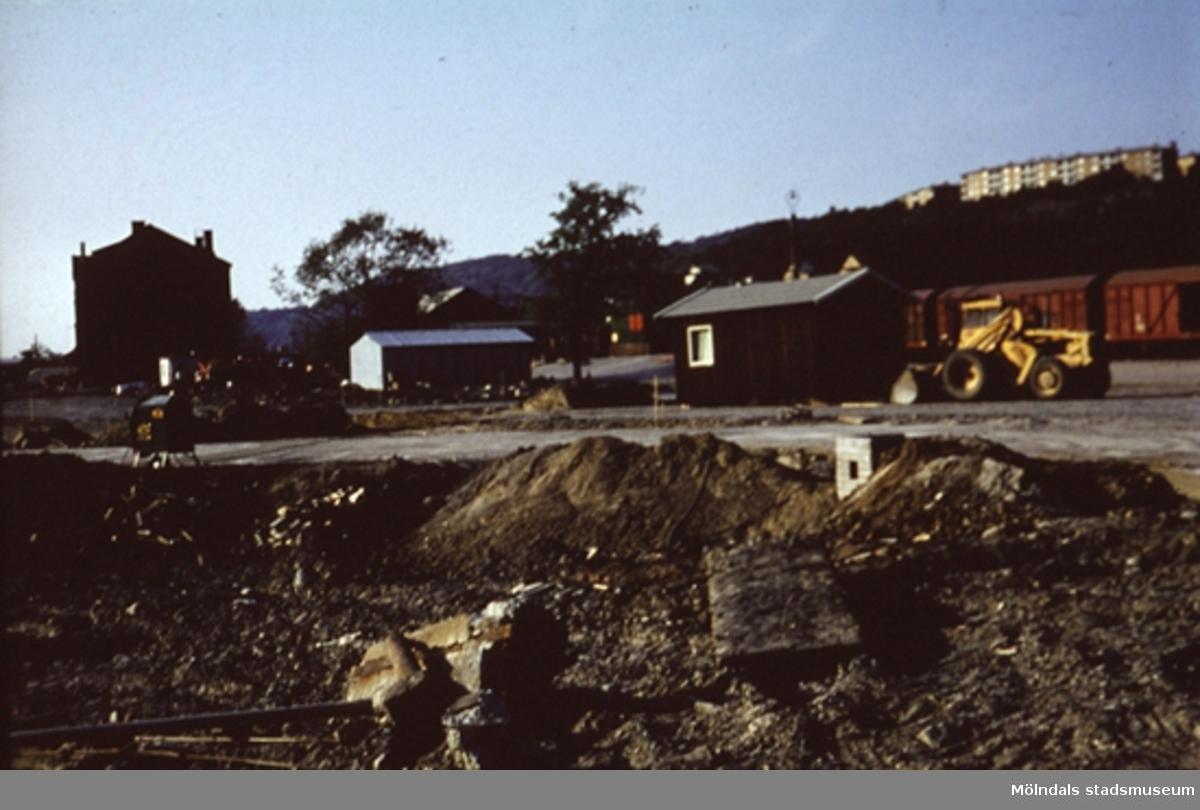 Vägarbete någonstans i Mölndal, år 1968.